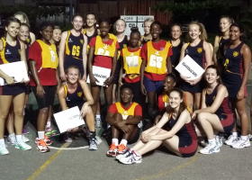 netball team photo with opposition