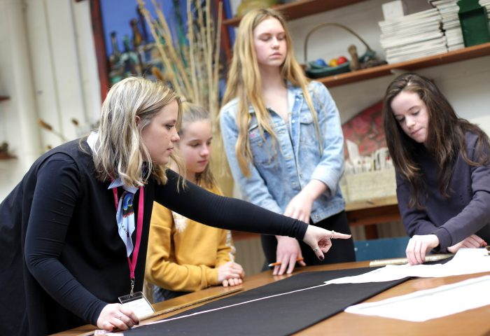 Independent School Portsmouth, Alumnae with students in fashion workshop
